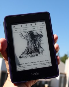 kindle paperwhite second generation ereader review somegadgetguy (1)