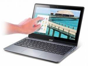 Acer C720P_touch_hand