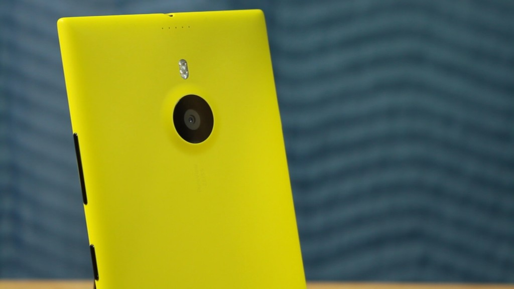 nokia lumia 1520 yellow review pureview camera rear somegadgetguy