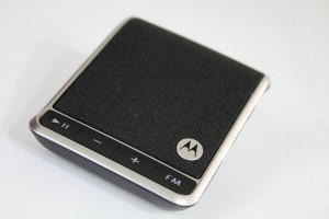 motorola roadster bt bluetooth speakerphone somegadgetguy